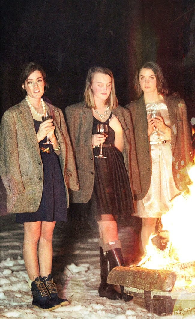 photo-64-filter-small What to Wear for Bonfire Party? 18 Cute Bonfire Night Outfits