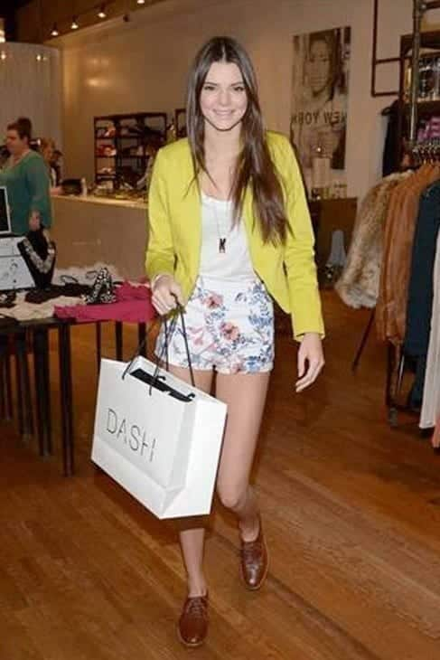 45b2afda3e4abb8b7d4398bd785831881 Kendall Has 80 Shorts and This is How Kendall Wears These Shorts