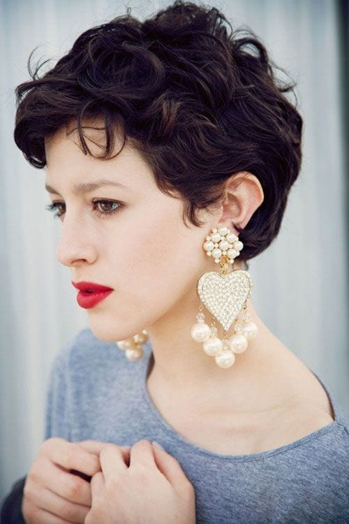 75c8452a6b4b6aae630c1709bbdd1f12 25 Stunning Ideas To Wear Earrings With Short Hair