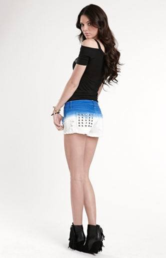 768af58cc8d387df7ae7fecf95b750f81 Kendall Has 80 Shorts and This is How Kendall Wears These Shorts