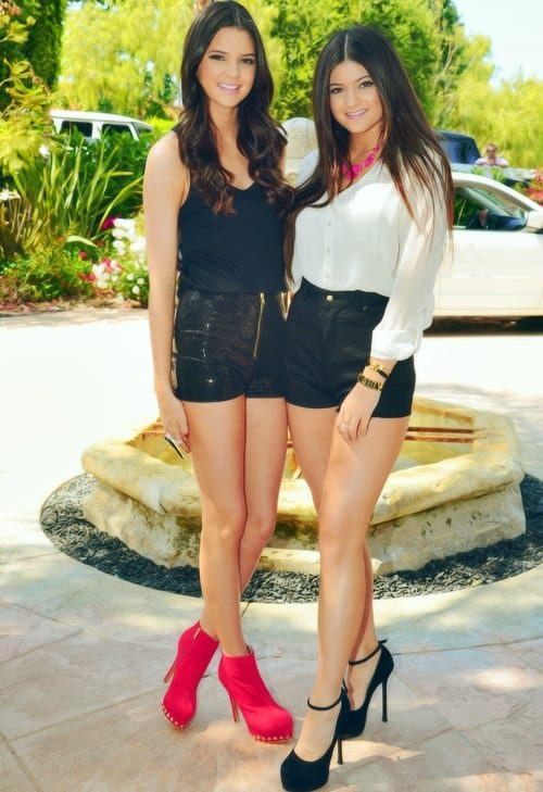 f5053ca116b5dcdacaf8b899f49b7e681 Kendall Has 80 Shorts and This is How Kendall Wears These Shorts