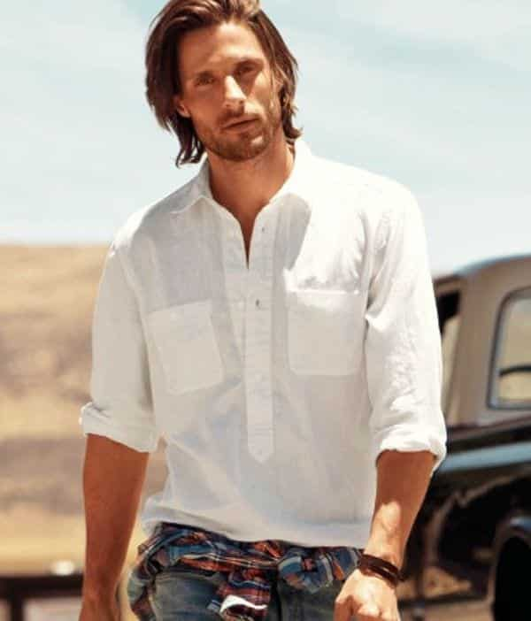 15 best summer travelling outfit ideas for men travel style for Mens summer linen shirts