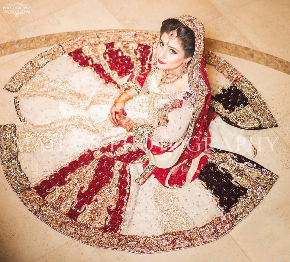 35 Latest Style Pakistani Bridal Outfits Combinations