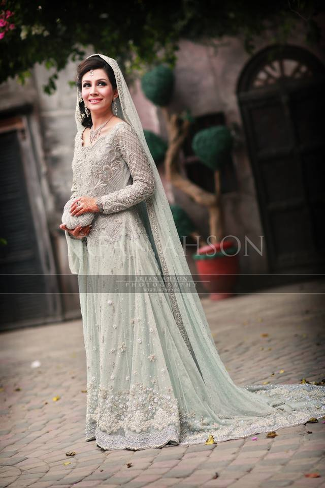 10955645_10153031309704480_3728357293806130745_n 35 Latest Style Pakistani Bridal Outfits Combinations