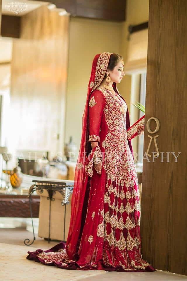 11043072_690592437717587_2003530228717582476_n 35 Latest Style Pakistani Bridal Outfits Combinations