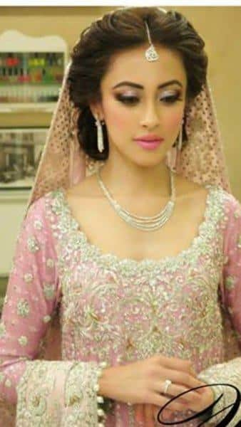 12-Cute-Hairstyle-For-Walima-Function-005 25 Easy and Gorgeous Hairstyles For Walima Function This Season