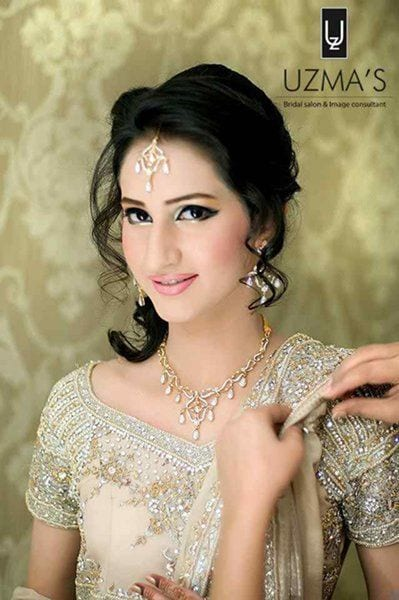 12-Cute-Hairstyle-For-Walima-Function-006 25 Easy and Gorgeous Hairstyles For Walima Function This Season
