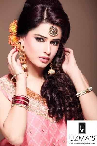 12 Simple Hairstyles For Mehndi Function002