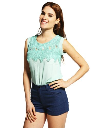 3-Light-Mint-Top-375x500 18 Cute Pastel Outfit Combinations and Ideas to Wear Pastel