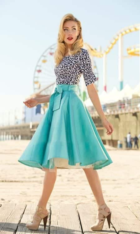 cute vintage outfits for women (4)
