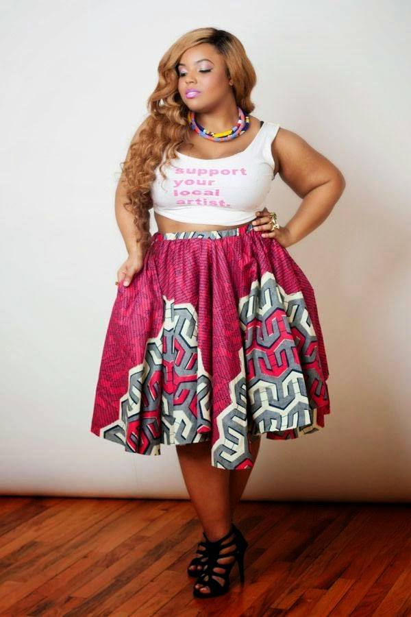 knee2 20 Stunning Skirt Outfits Combinations for Plus Size Ladies