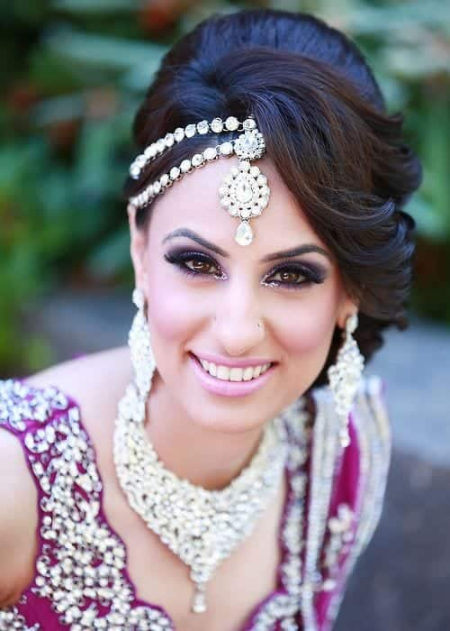 Gorgeous-Indian-Wedding-Hairstyle