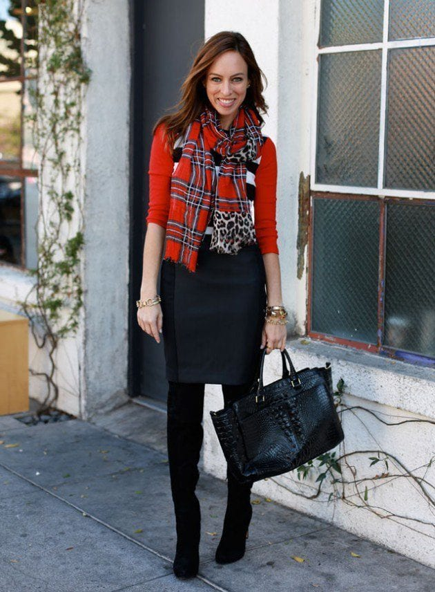 Sydne-Style-what-to-wear-with-a-pencil-skirt-how-to-tie-a-scarf-plaid-leopard-mixed-print-trend-fall-2013-outfit-ideas2-630x856 10 Matching Outfits To Wear With Pencil Skirts for Chic Look