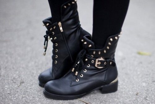 boots-500x334 17 Most Swag Outfit Ideas for Black Girls - Swag Style Tips