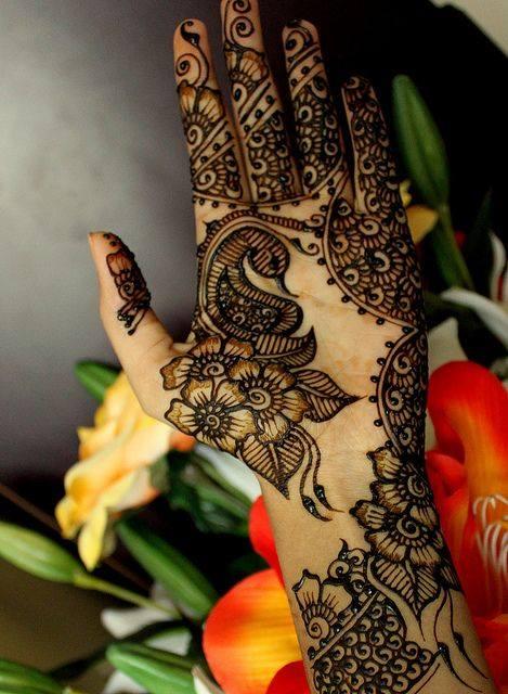 1962620_471185386344016_1534240535_n Eid Mehndi designs – 20 Cute Mehdni Designs For Hands This Year