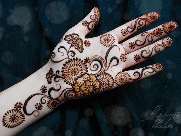 Mehndi Designs For Palm : Beautiful mehndi designs and patterns to try random talks