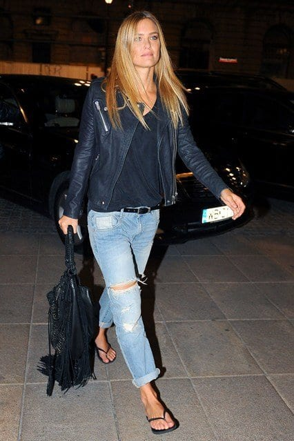 Bar-Refaeli_glamour_21aug14_rex_b_426x639 Baggy Jeans Footwear?16 Ideal Shoes to Wear with Baggy Jeans
