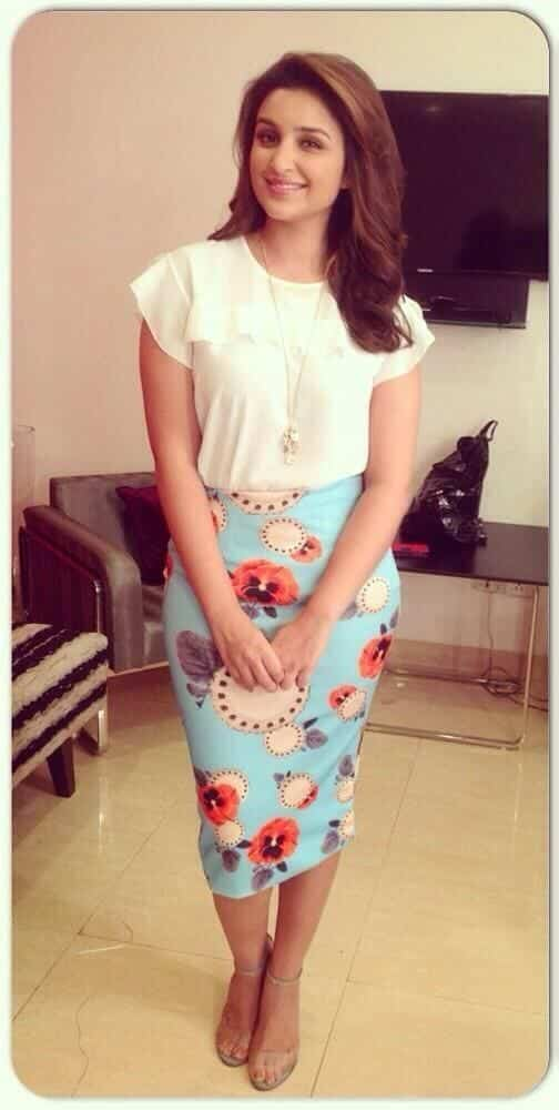 Parineeti Chopra outfit2