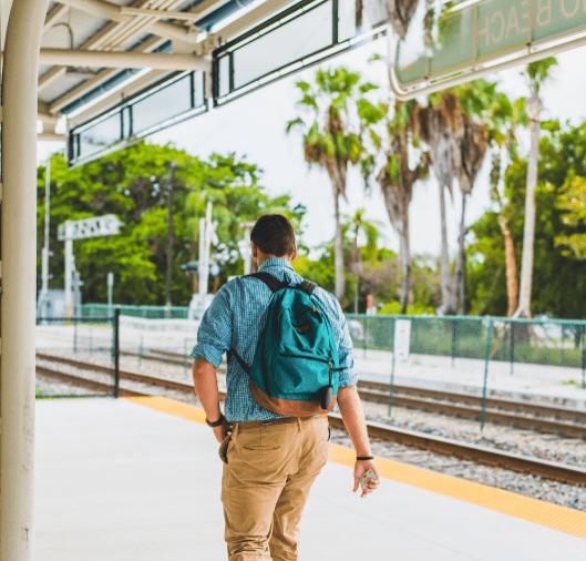 khaki-pants-outfit-for-college Men Khaki Pants Outfits- 30 Ideal Ways to Style Khaki Pants