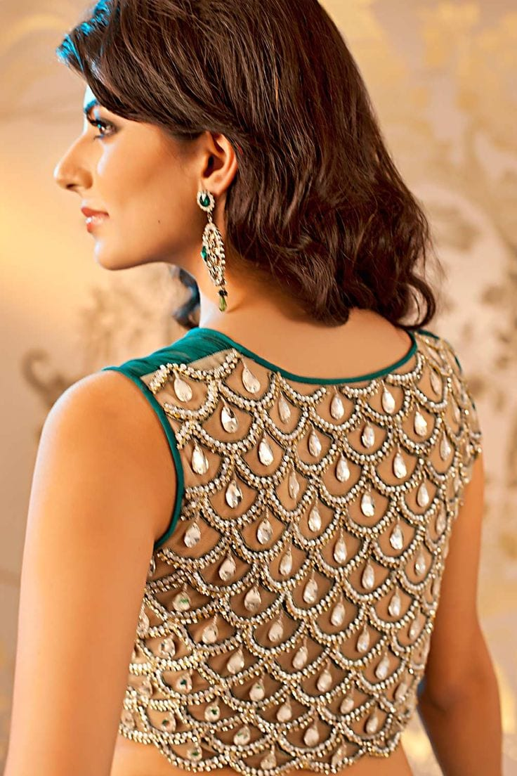 Different hairstyles to try with sarees - Saree Blouse Design5
