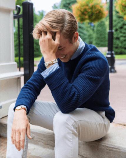 what-to-wear-with-white-khakis-men Men Khaki Pants Outfits- 30 Ideal Ways to Style Khaki Pants