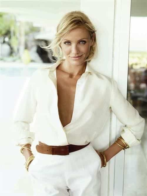 women-outfit-with-white-shirt10 17 Cute Women Outfits with White Shirt-Pairing Style Ideas