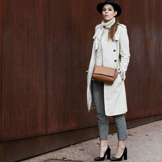 13 Trench Coat Outfits Styles-16 Chic Ways to Wear Trench Coat
