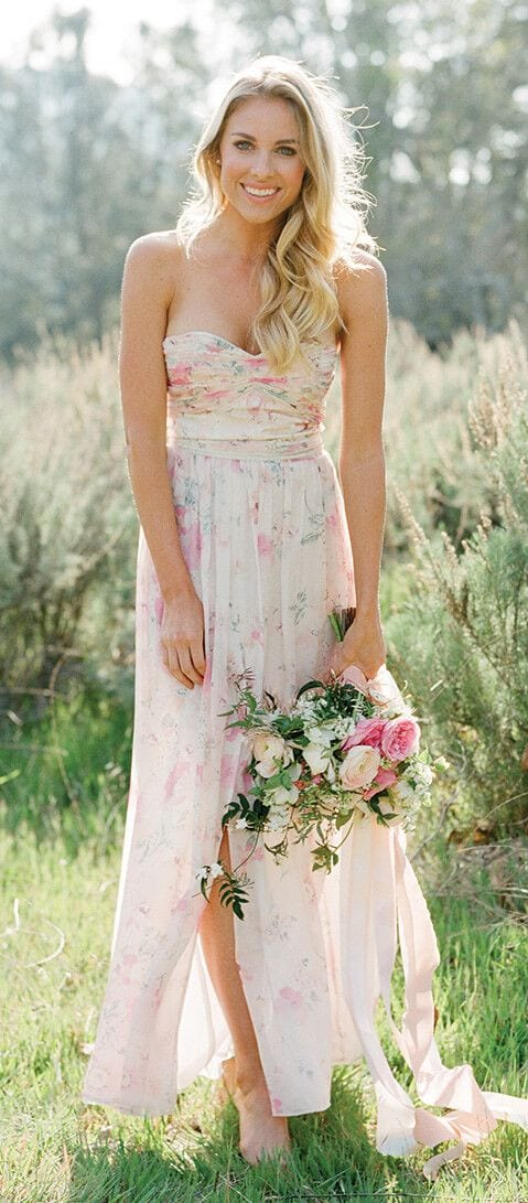 What to wear for wedding in a garden 19 wedding outfit ideas garden wedding ideas junglespirit Choice Image