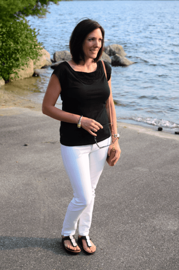 beach outfit women over 40