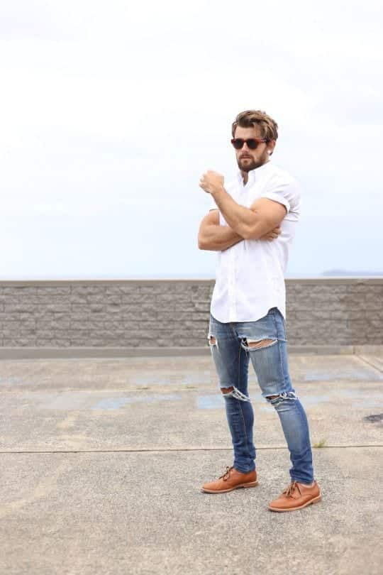 White Shirt Outfits for Men (3)