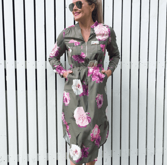 floral-print-outfit-for-women-over-30 45 Latest Fashion Ideas for Women in 30's - Outfits & Style