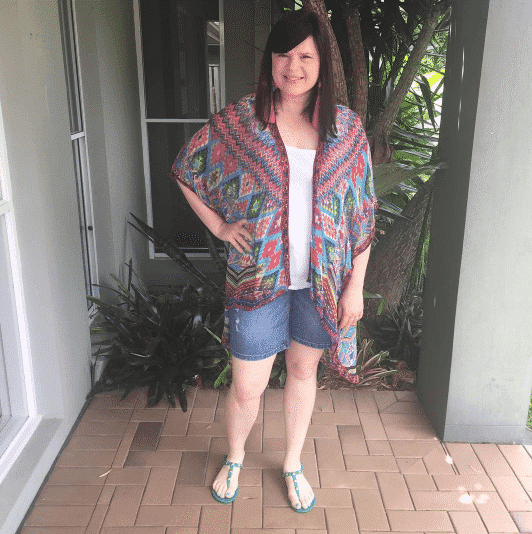 how-to-wear-shorts-in-30s 45 Latest Fashion Ideas for Women in 30's - Outfits & Style