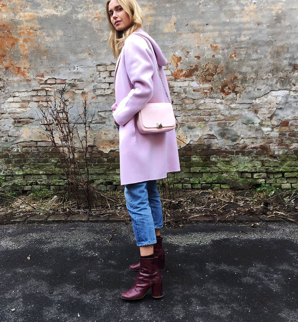 pink-outfit-for-women-in-30s 45 Latest Fashion Ideas for Women in 30's - Outfits & Style
