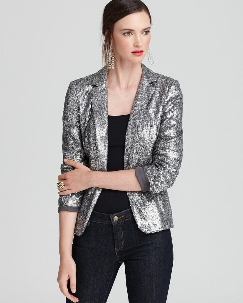 sequins-blazer-819x1024 Sequins Wardrobe Essentials-16 Ways to Wear Sequin Outfits