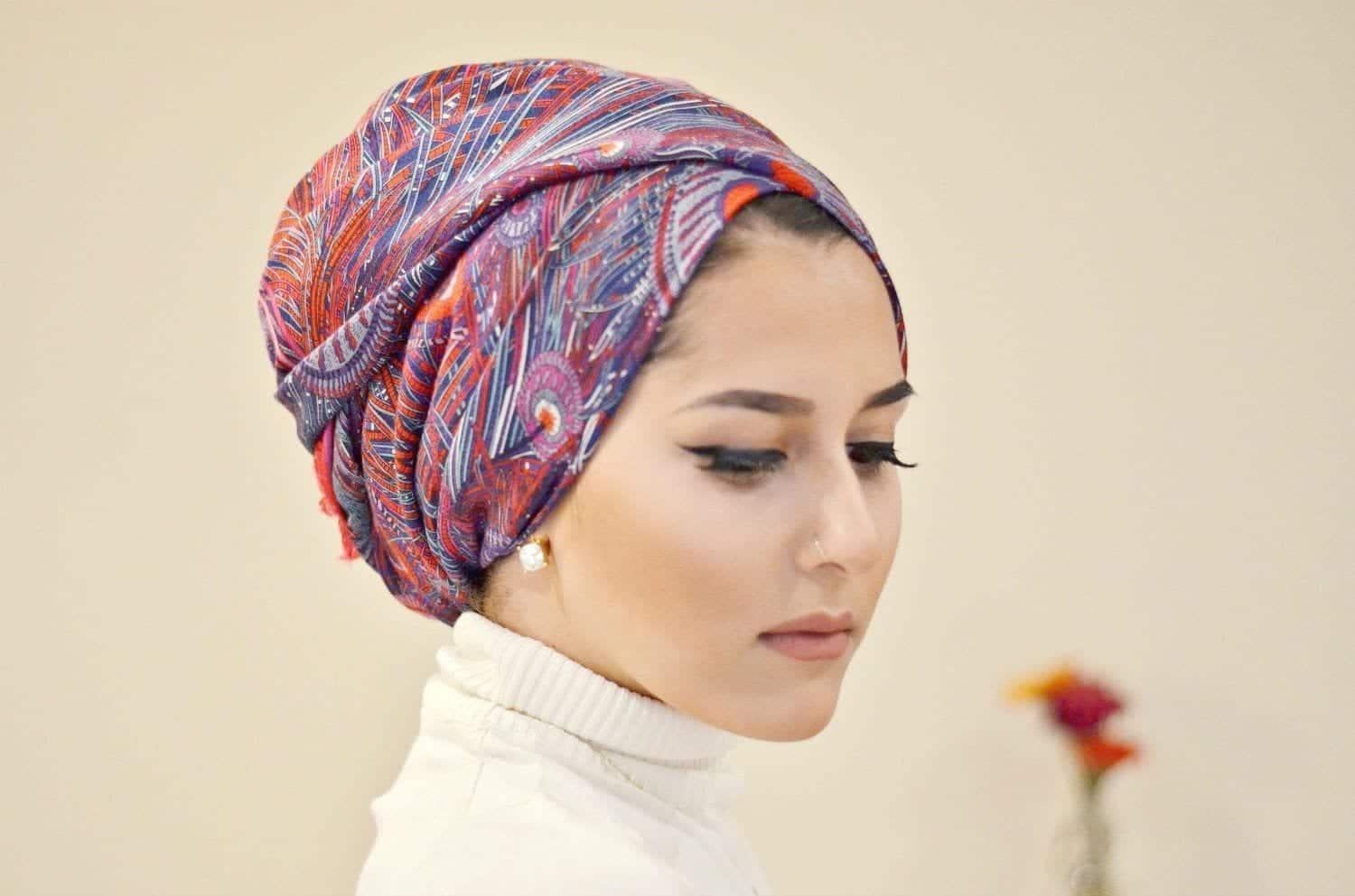 121 20 Best Hijab Styles for Short Height Girls to Look Tall