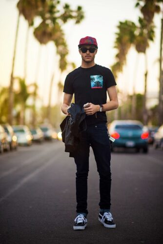 2-334x500 Short Height Guys Fashion-20 Outfits for Short Men to Look Tall