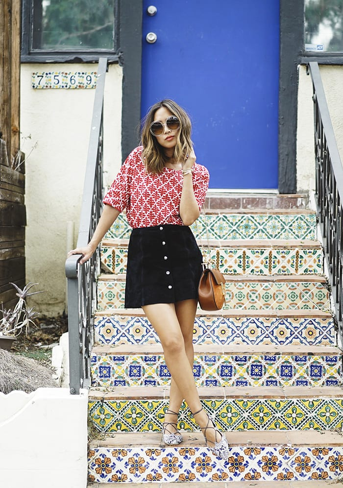 47.-suede Cute Seude Skirt Outfits-17 Ways to Wear Seude Skirts