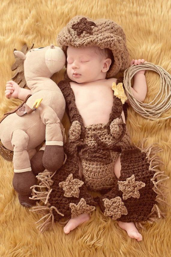 48603ba38a32dabd501346bac9f4b3a21 Crochet Outfits for Babies-20 Newborn Crochet Outfits Patterns