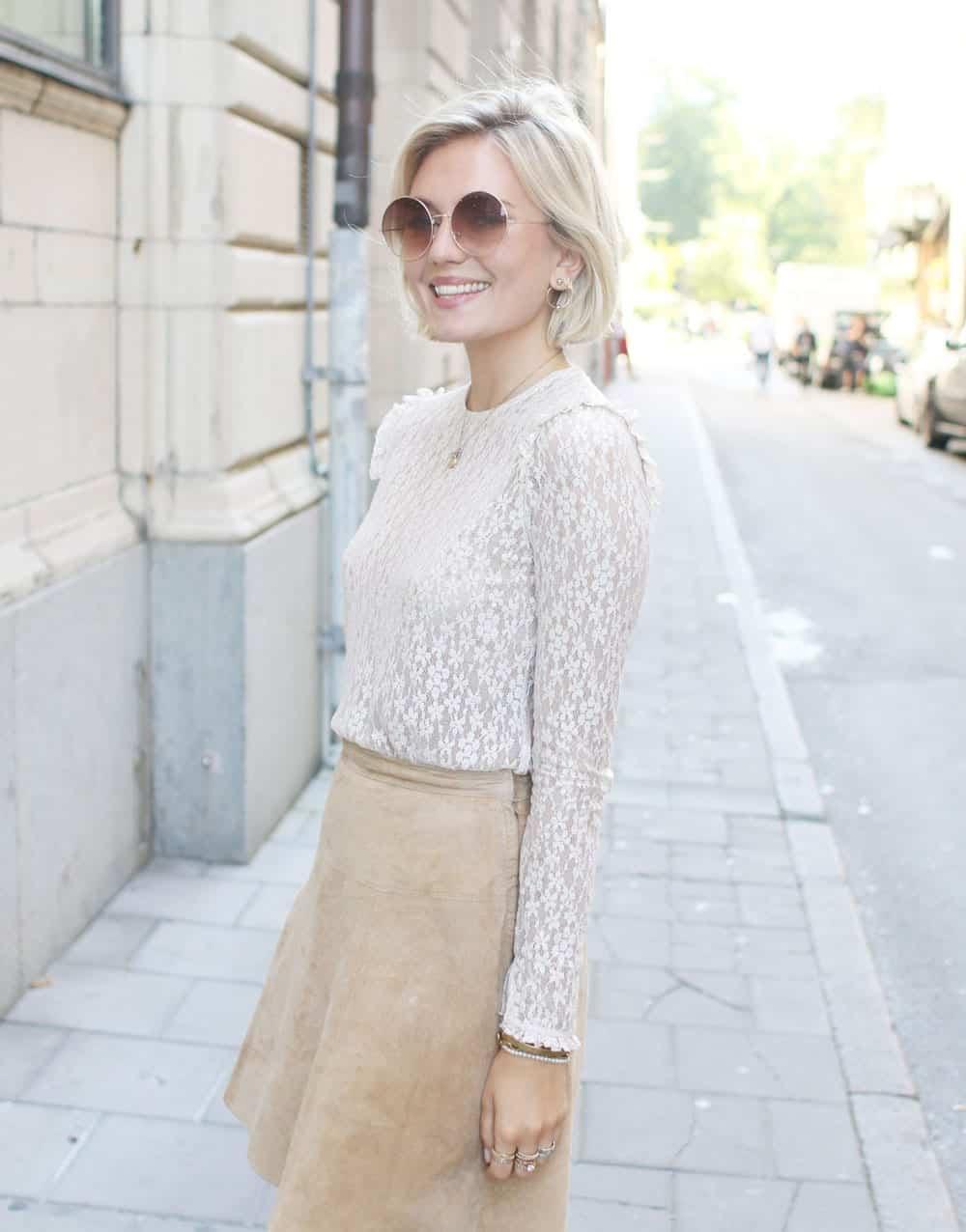 53.-suede Cute Seude Skirt Outfits-17 Ways to Wear Seude Skirts