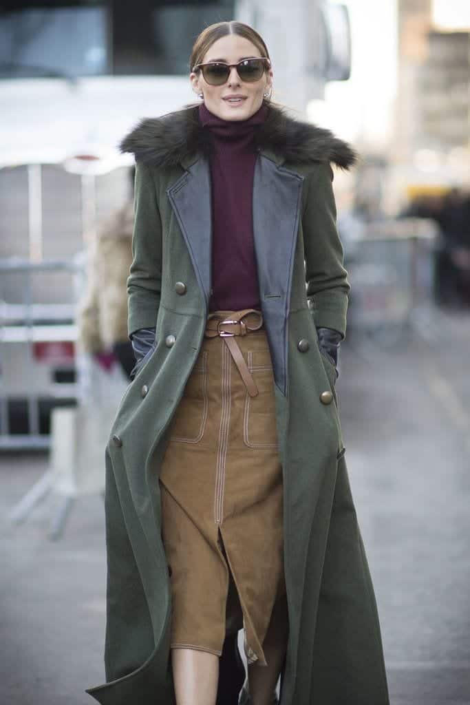 Dark-Colored-Turtleneck-Parka-Coat Cute Seude Skirt Outfits-17 Ways to Wear Seude Skirts
