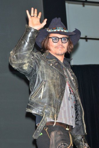 Johnny-Depp-335x500 Cowboy Outfits-20 Ideas on How to Dress like Cowboy