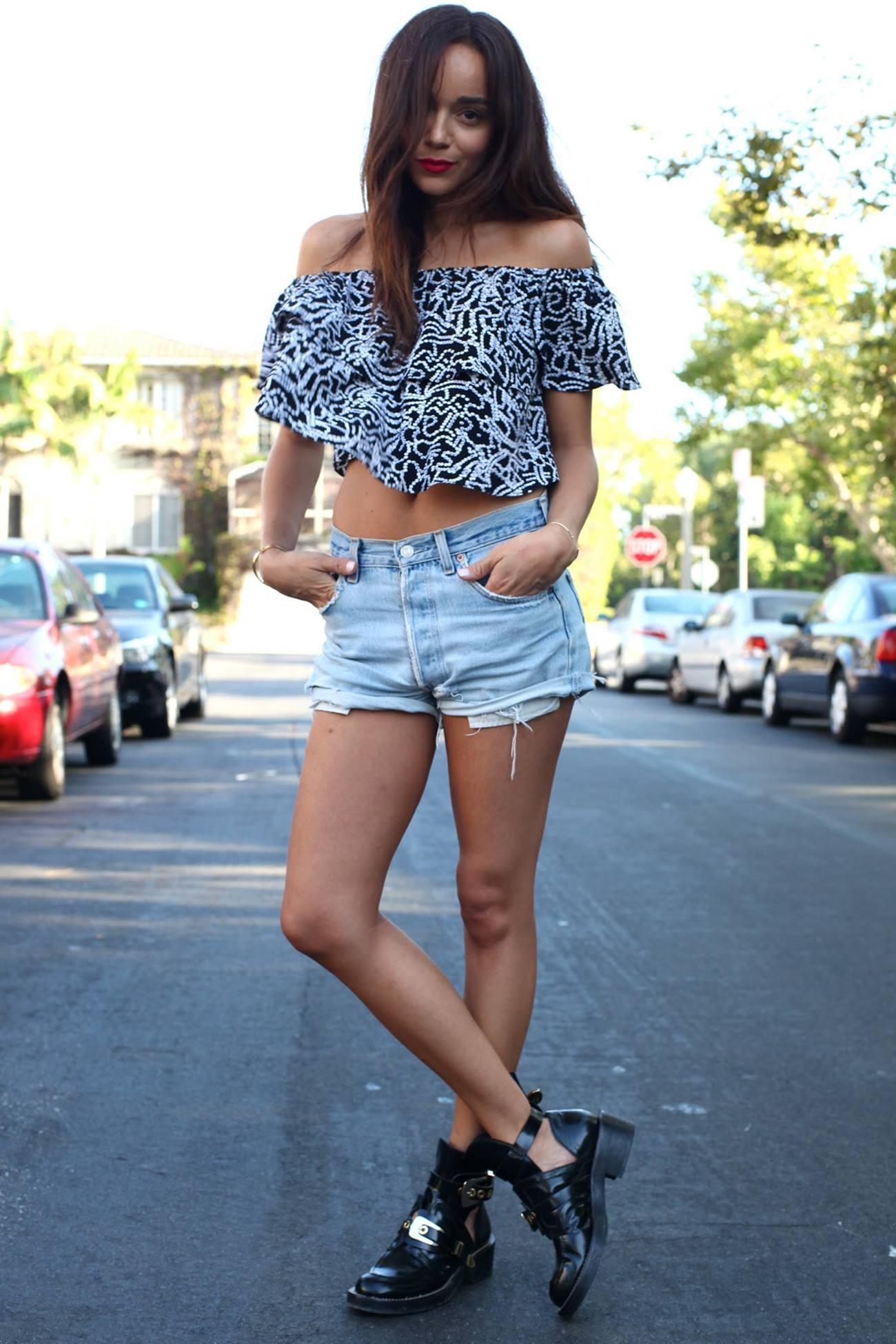 Boyfriend Shorts Outfits-16 Ways to Wear Boyfriend Shorts