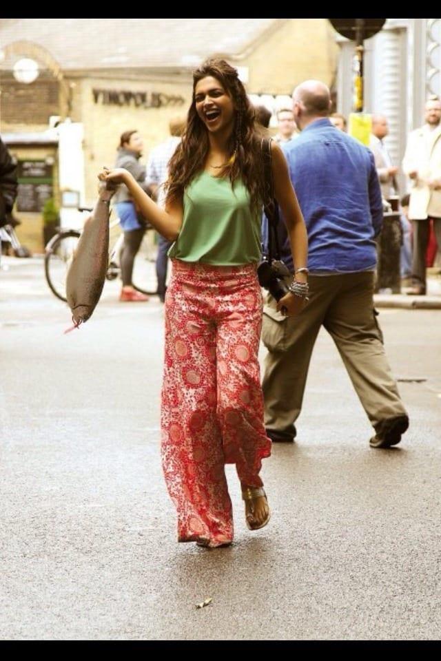 deepikaa 19 Indian Actresses Street Style Fashion Ideas this Season