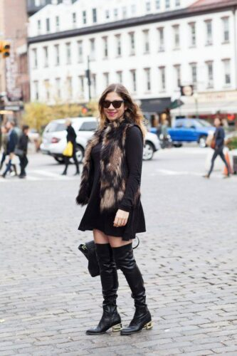 howtowearoverthekneeboots9-333x500 Women All Black Outfits - 20 Chic Ways to Wear All Black