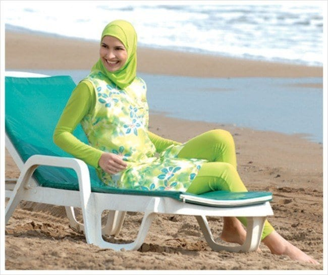 islamist2_dechaos Beach Hijab Outfits–34 Modest Beach Dresses for Muslim Girls