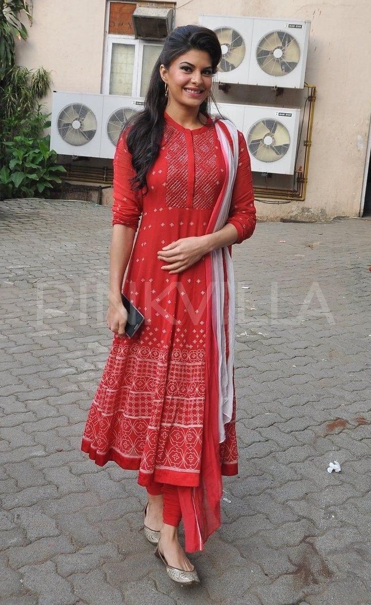 jacqi 19 Indian Actresses Street Style Fashion Ideas this Season
