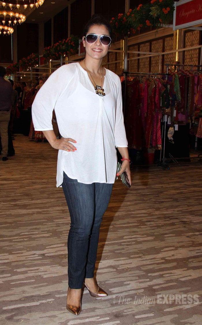 kajol 19 Indian Actresses Street Style Fashion Ideas this Season