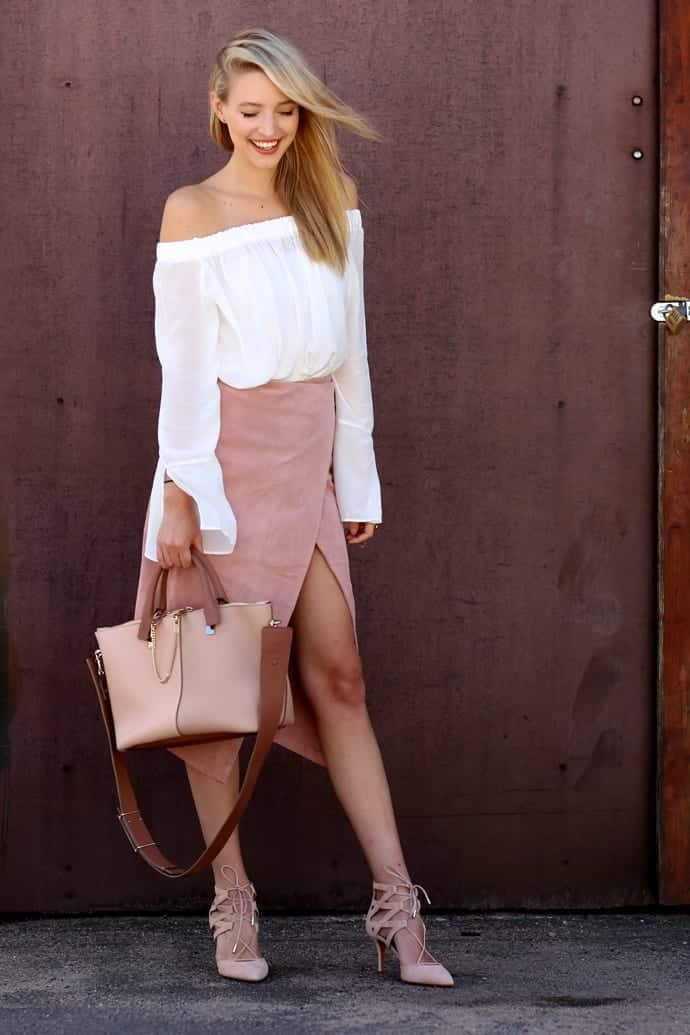 suede-12 Cute Seude Skirt Outfits-17 Ways to Wear Seude Skirts