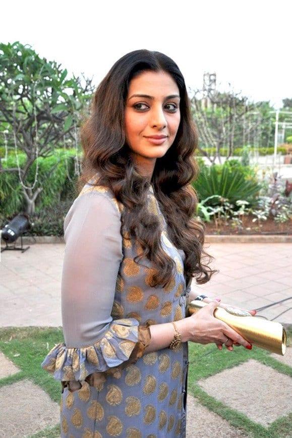 tabu1 19 Indian Actresses Street Style Fashion Ideas this Season