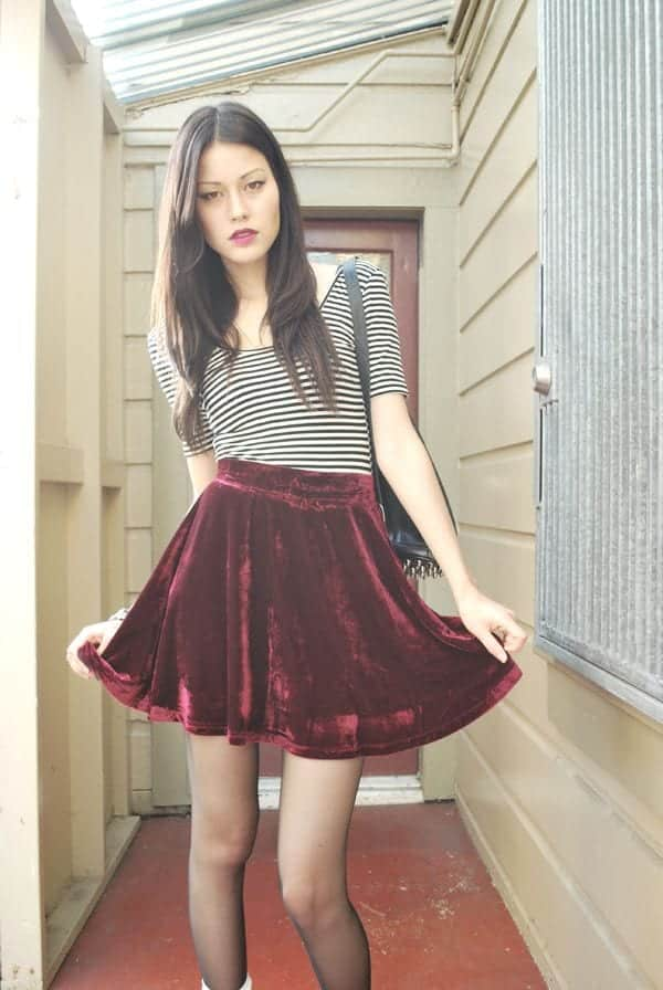 velvet Lulu Skirt Outfits-22 Ways How to Wear Lulu Skirts Fashionably